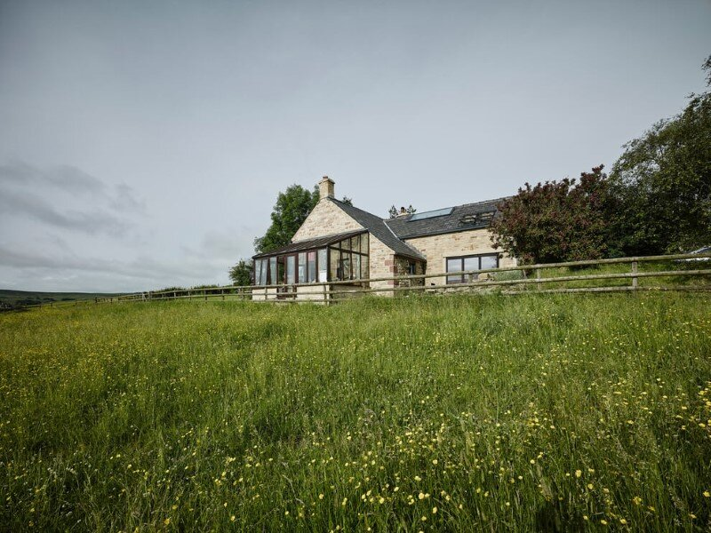 Stone cottage Hocker Farm - extension and modernization of a traditional British cottage (3)