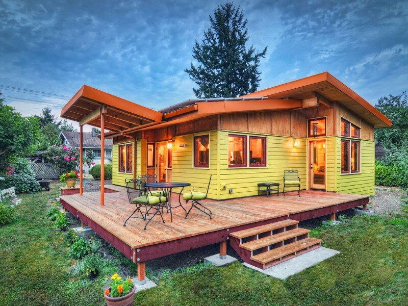 Sustainable hybrid timber-frame Mini Home with playful design (1)