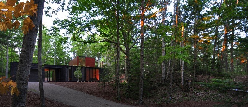 Sylvan Retreat textured wood structure with a green roof (18)