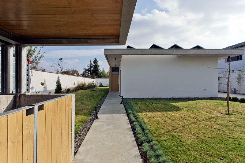 TD House combination of modernism and rural architecture (10)