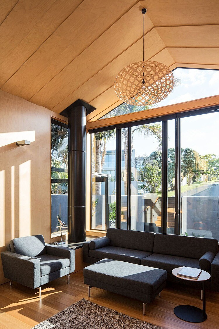 Takapuna Beach House - Boatsheds by Strachan Group Architects (10)