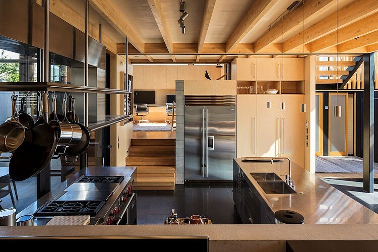 Takapuna Beach House - Boatsheds by Strachan Group Architects (11)
