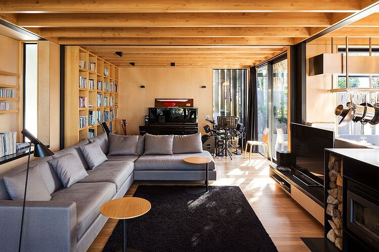 Takapuna House - Boatsheds by Strachan Group Architects (8)