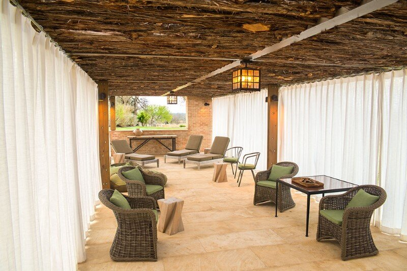 Temple Ranch Pool Cabana with jacal shade structures (11)