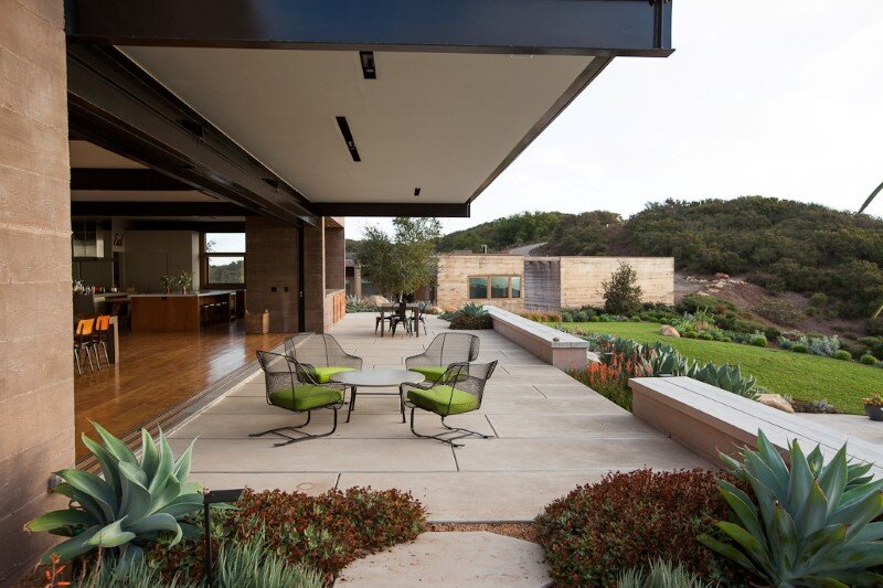 Toro Canyon Residence with views of the Santa Barbara coastline (9)