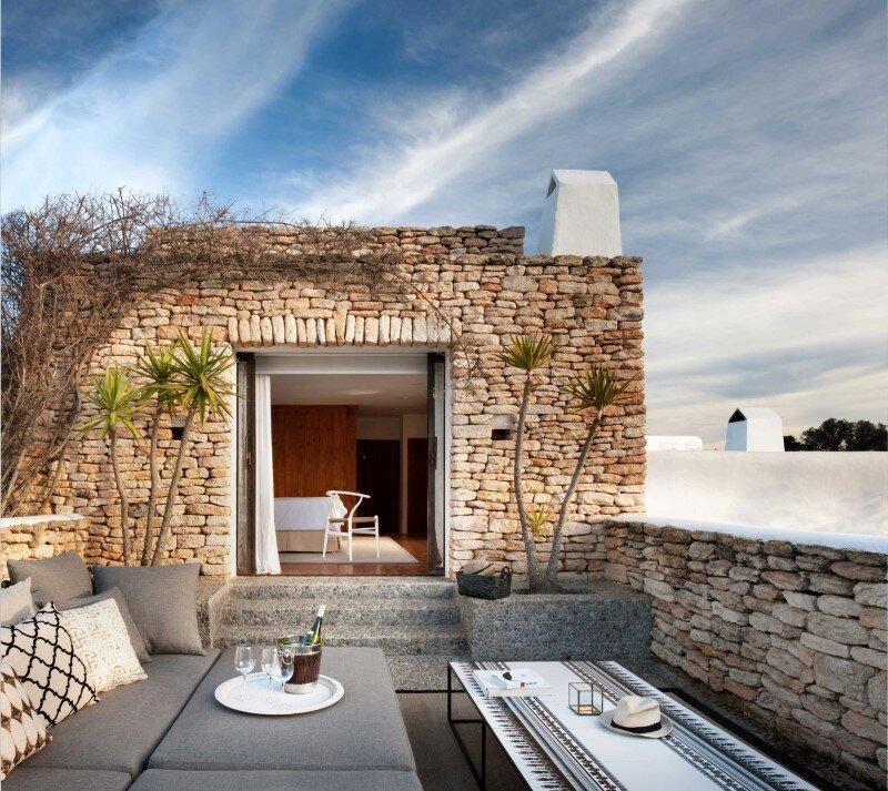 Vacation house in Ibiza with interiors designed by TG Studio (12)