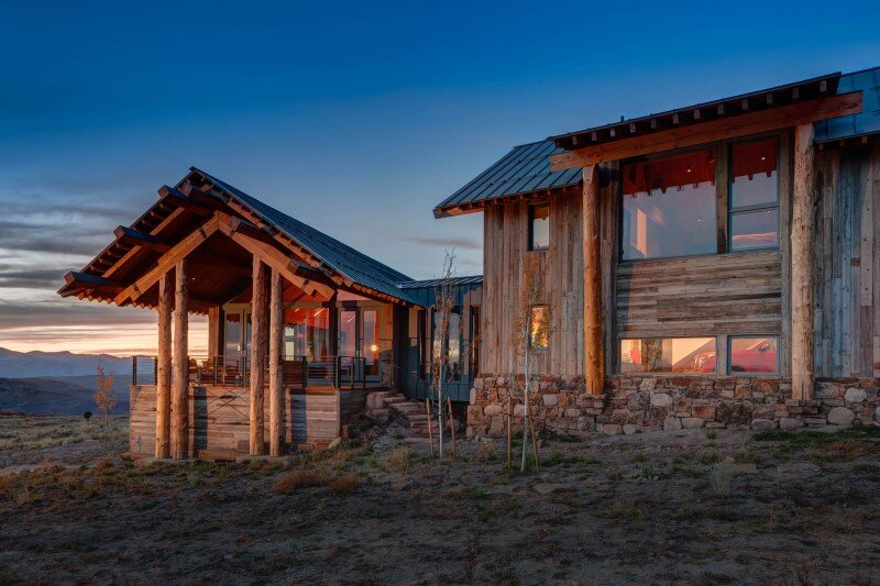 Wolf Creek Ranch - Log Home with traditional ranch architecture (1)