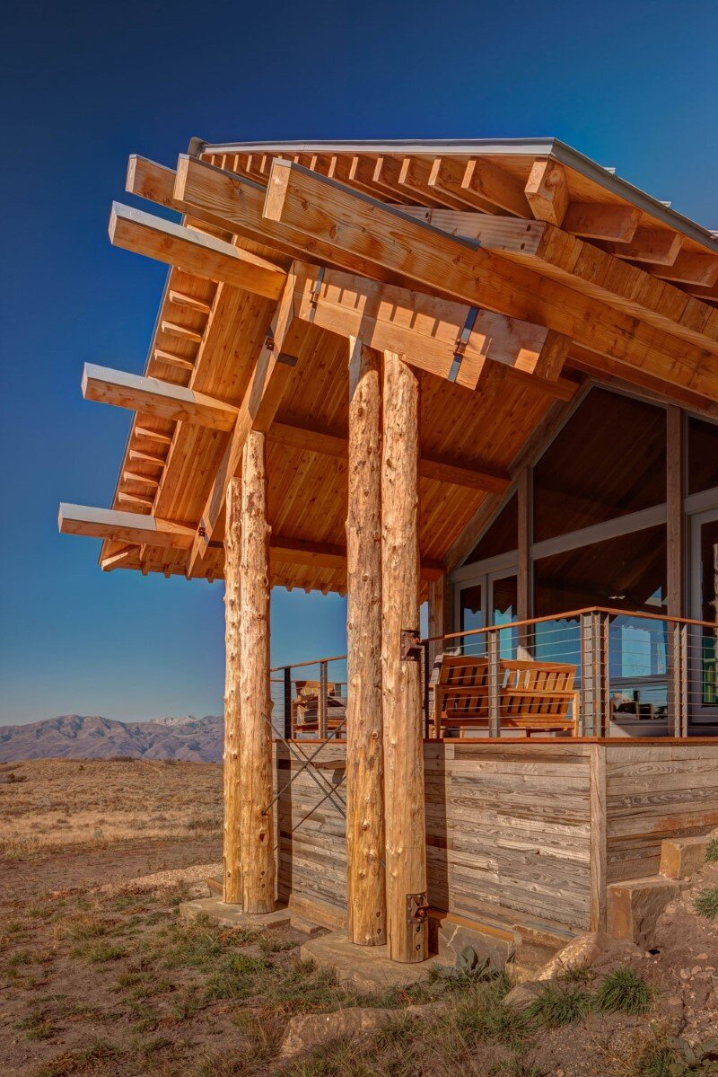 Wolf Creek Ranch - Log Home with traditional ranch architecture (6)
