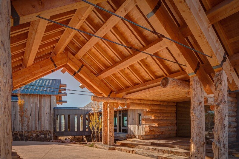 Wolf Creek Ranch - Log Home with traditional ranch architecture (7)