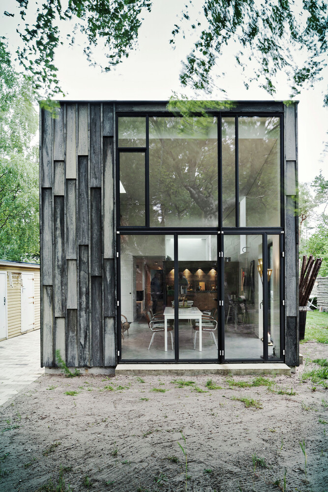 Architectural facade which offers an attractive look Forest House (9)