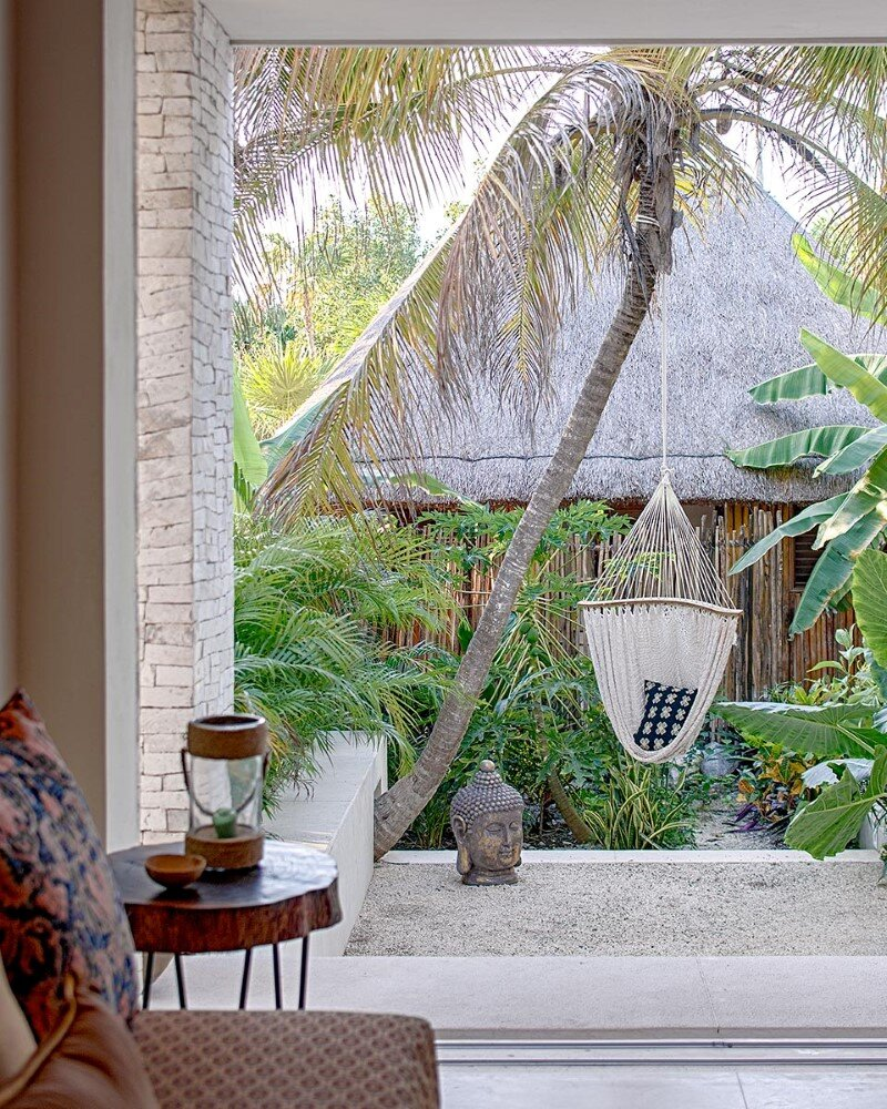 Beachfront private house on a protected bay in Tulum, Mexico (9)
