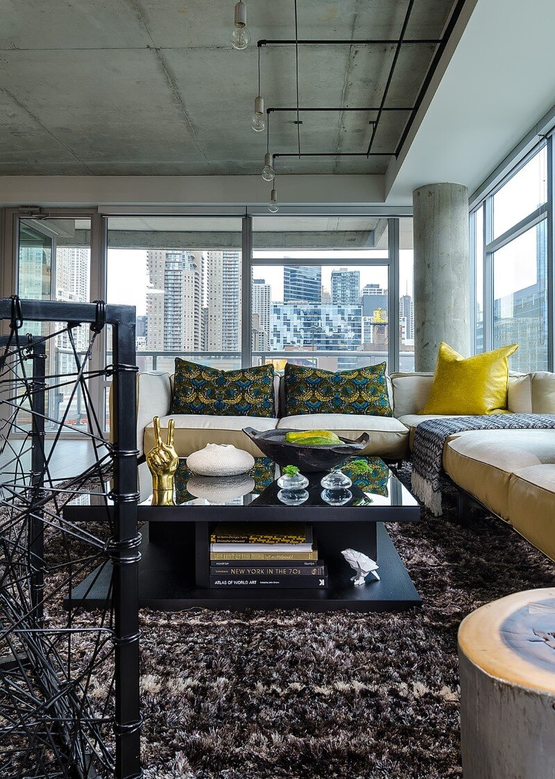 Concrete Jungle Apartment in River North Chicago by Project Interiors (7)