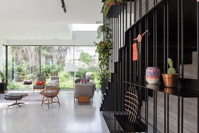 Contemporary townhouse in Tel Aviv Mendelkern Residence by David Lebenthal (9)