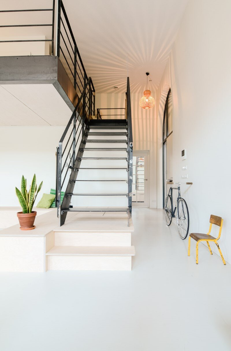 Conversion of an old school building to a new apartment for a young family