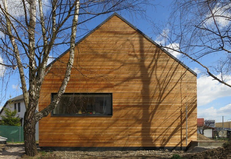 DomT House in Stara Lubovna inspired by the architecture of wooden barns (1) (Custom)