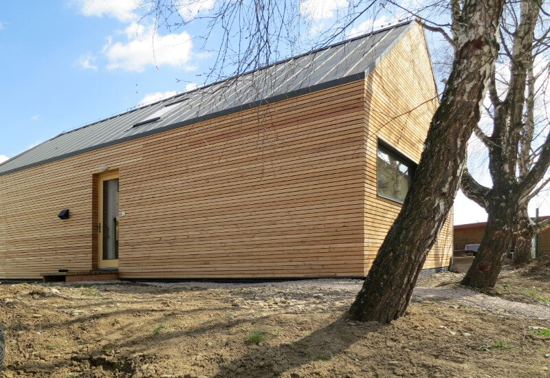 DomT House in Stara Lubovna inspired by the architecture of wooden barns (2) (Custom)