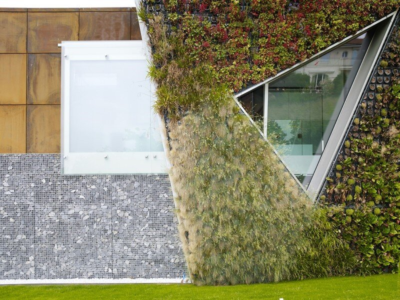 Eco friendly house design - Villa Jewel Box with an multifaceted garden outer shell (7)