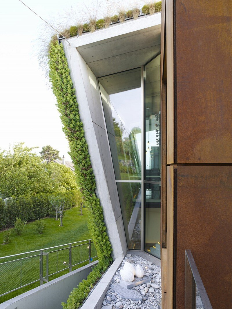 Eco house design - Villa Jewel Box with an multifaceted garden outer shell (10)