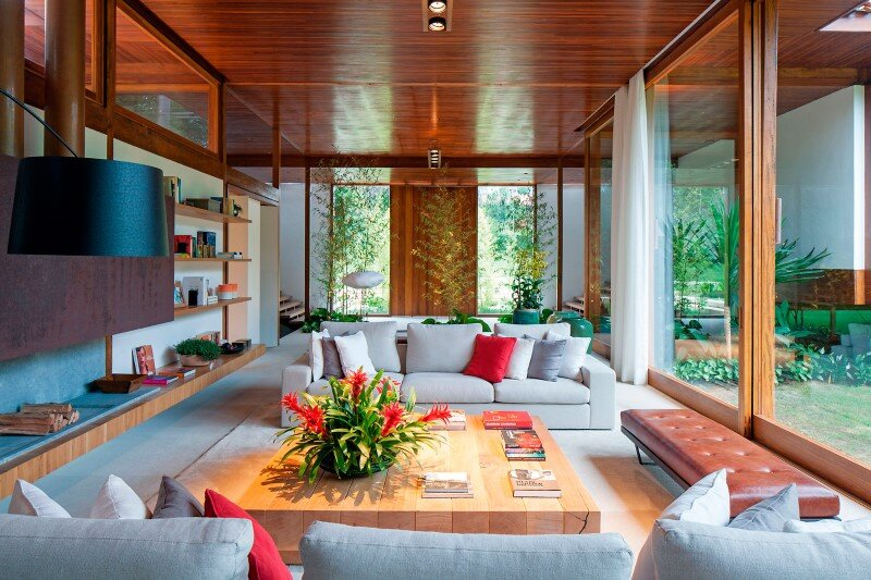 Modern country house with a Brazilian farm look (12)