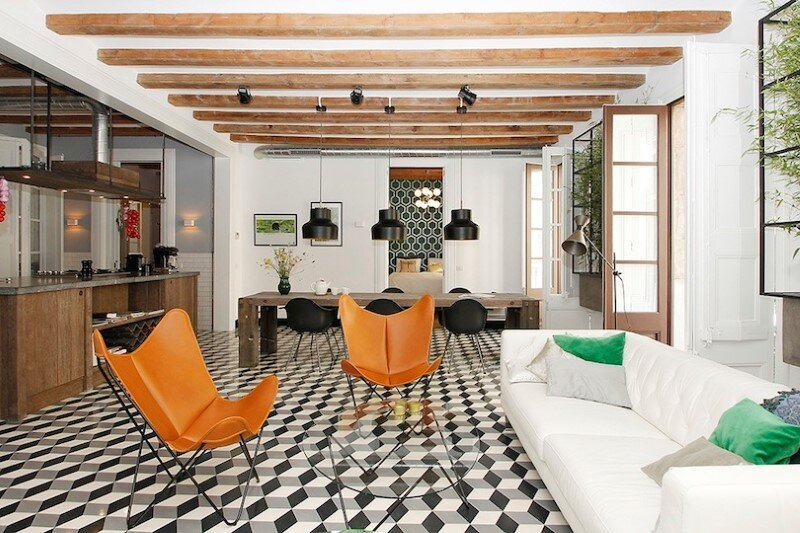 Refurbished apartment in Barcelona with emphasizing the authentic Spanish features (9)