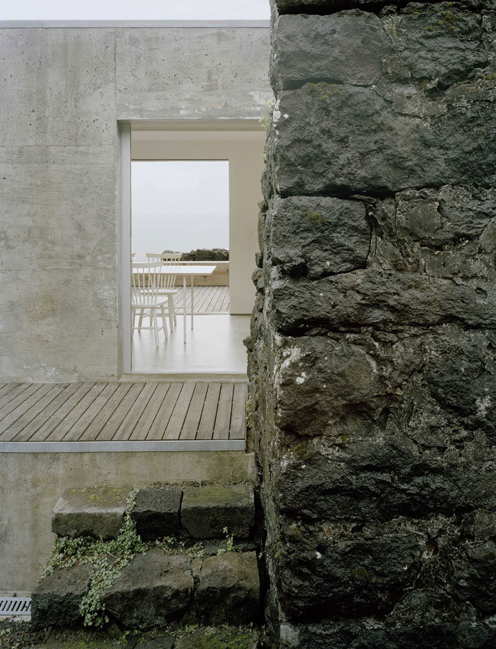 SAMI Arquitectos have transformed a ruin into a holiday home (19)