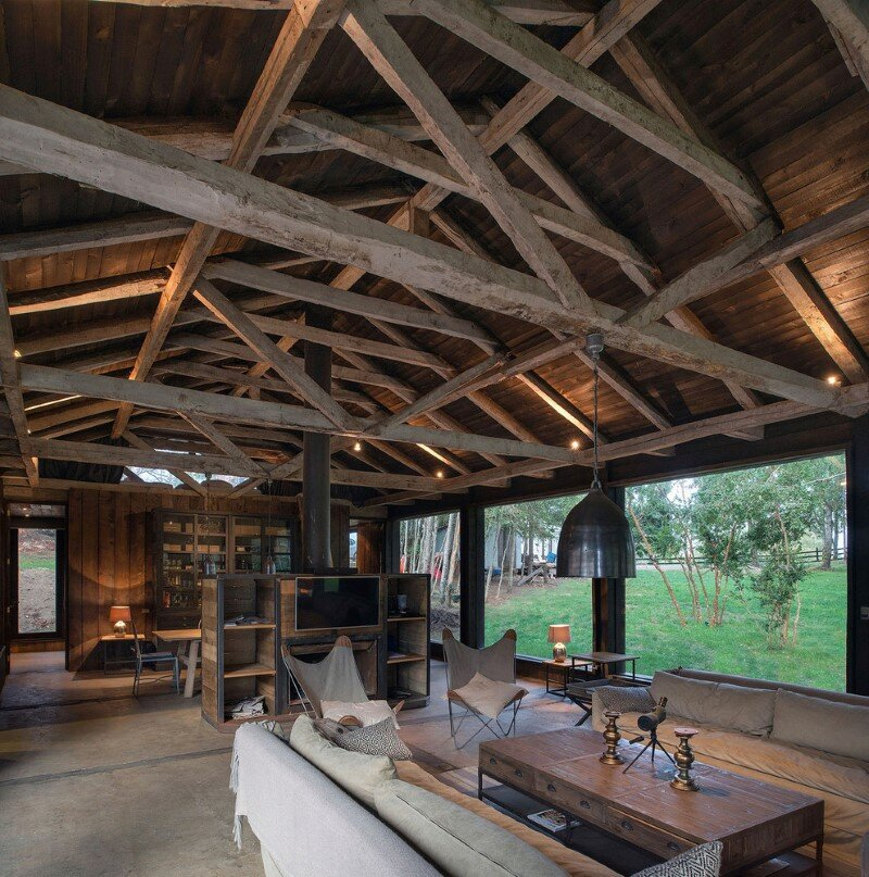 Shed house at Lake Ranco - recycled and converted old barn materials in summer cottage (6)