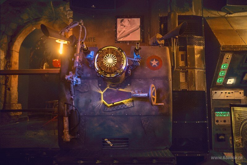 Submarine Pub Designed in Industrial Style with Steampunk Features (13)