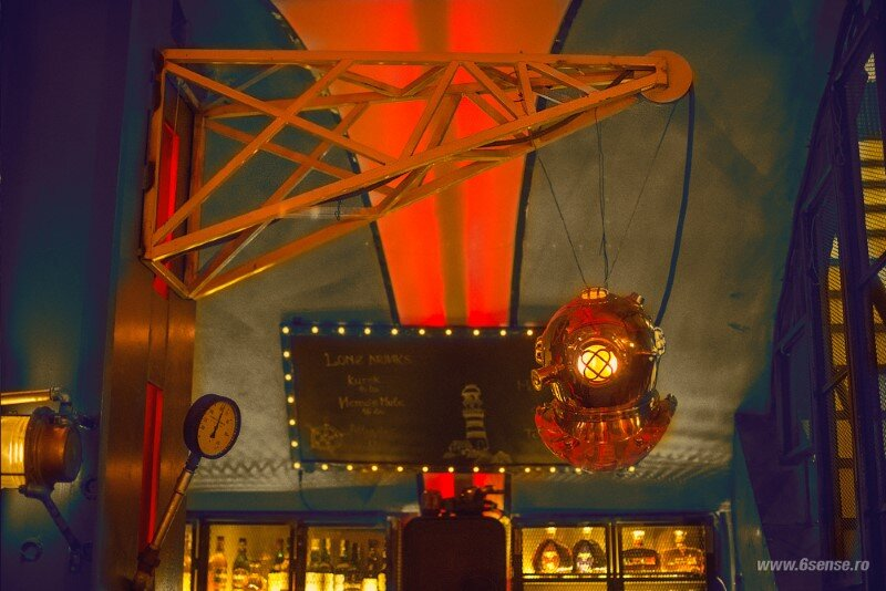 Submarine Pub Designed in Industrial Style with Steampunk Features (16)