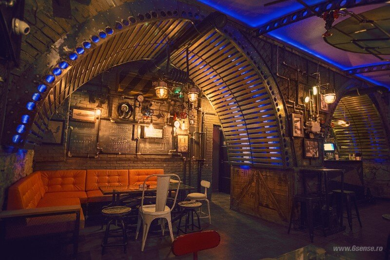 Submarine Pub Designed in Industrial Style with Steampunk Features (2)