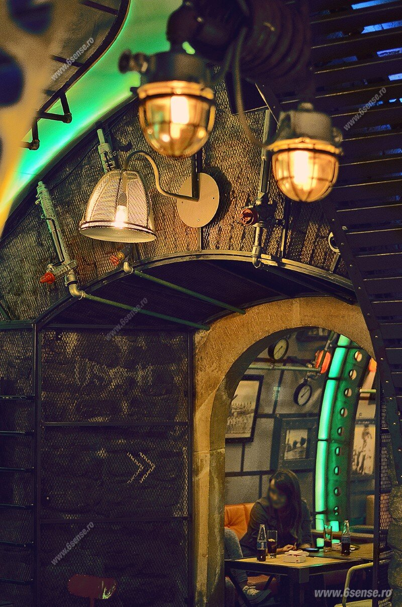 Submarine Pub Designed in Industrial Style with Steampunk Features (21)