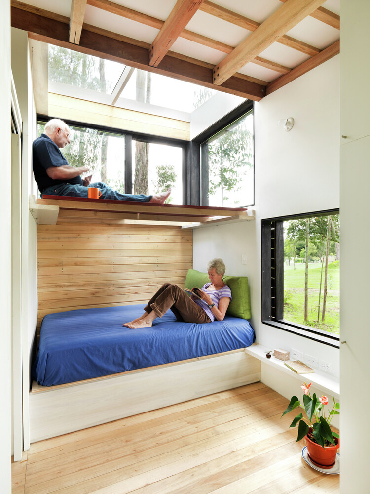 House with low footprint and high energy efficiency (19)
