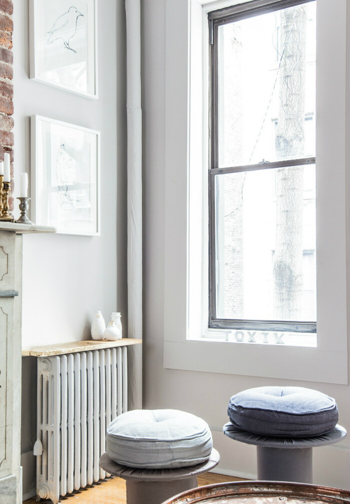 Upper East Side Apartment - Cozy and Welcoming with a Mellow Monochromatic Palette (2)