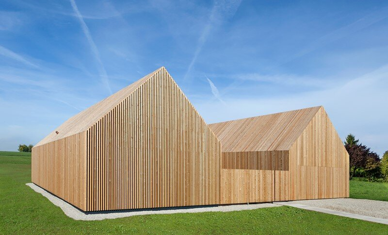 Wohnhaus aus Holz wooden-frame house heated by a geothermal heat pump (7)