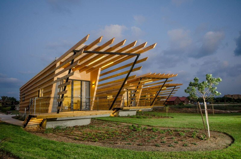 Wooden bungalows built with prefabricated elements (9)