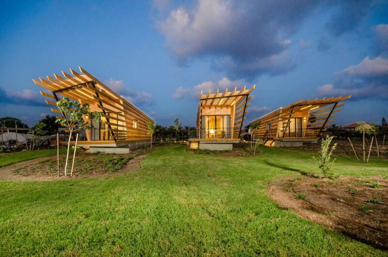 Wooden huts built with prefabricated elements (7)