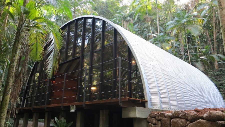 ARCA House is Like a Ship in the Middle of the Brazilian Atlantic Forest (16)
