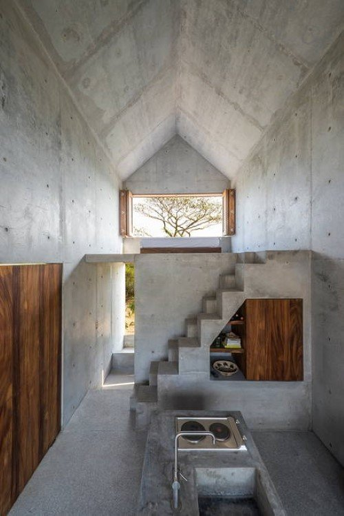 Beautiful Tiny Concrete House with a Minimalist Architecture (6)