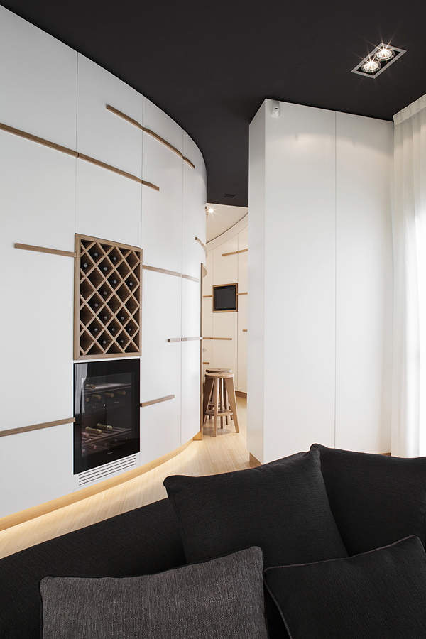 Canticle Luxury Apartment in the Historical City Center of Lucca, Italy (2)