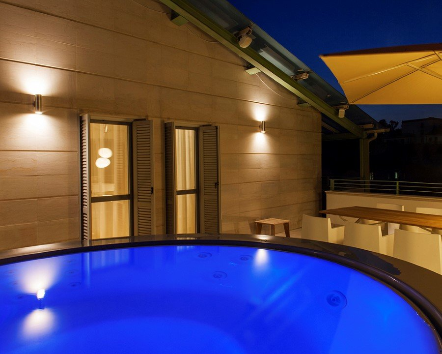 Canticle Luxury Residence in the Historical City Center of Lucca, Italy (20)