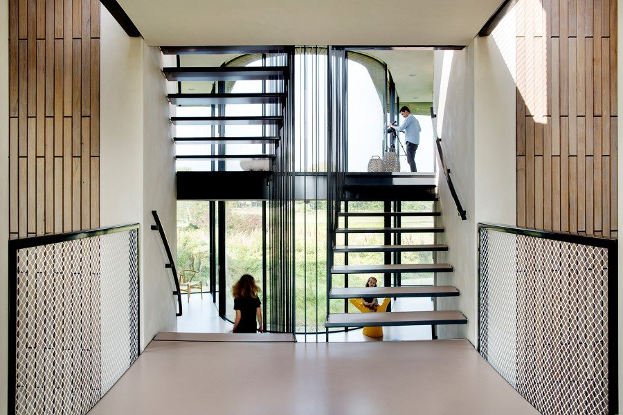 Contemporary Smart Home with Integrated Sustainable Solutions (5)