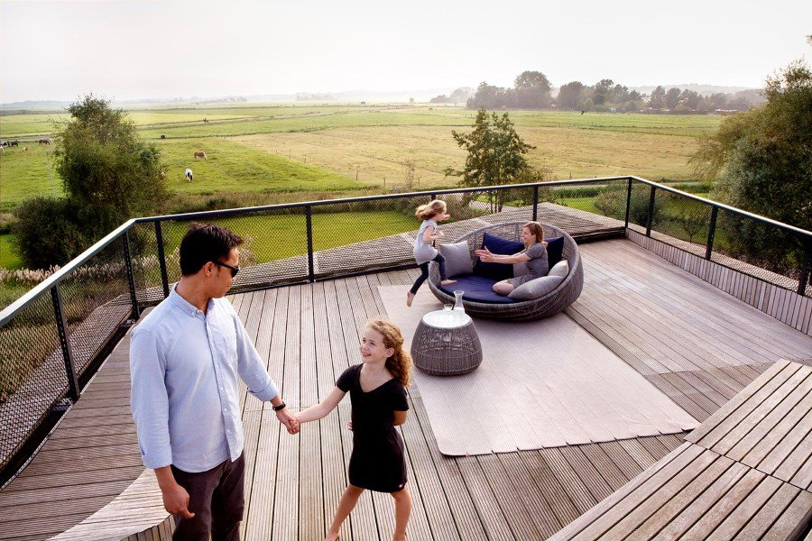 Contemporary Smart Home with Integrated Sustainable Solutions (6)