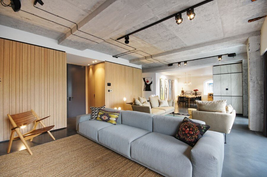Industrial Warehouse Conversion at Ransome's Dock in London (2)