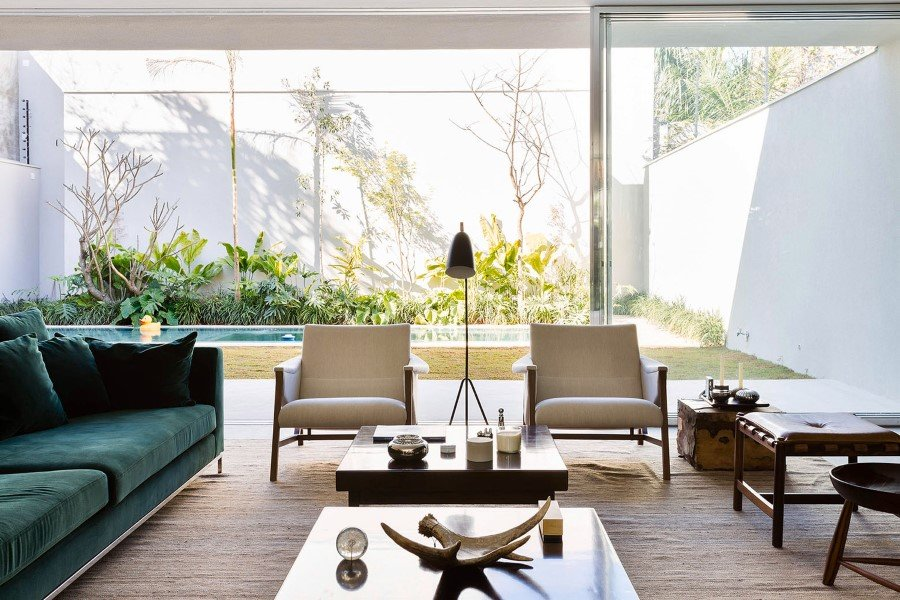 Lara House is a generous and light-filled home in Sao Paulo - by Felipe Hess (10)