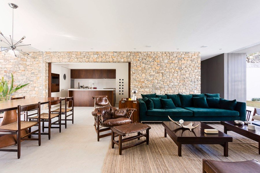 Lara House is a generous and light-filled home in Sao Paulo - by Felipe Hess (13)