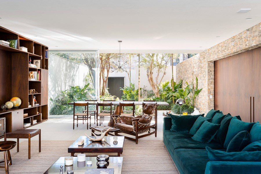 Lara House is a generous and light-filled home in Sao Paulo - by Felipe Hess (17)