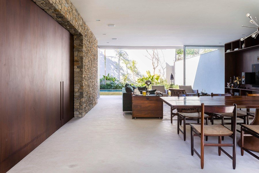 Lara House is a generous and light-filled home in Sao Paulo - by Felipe Hess (8)