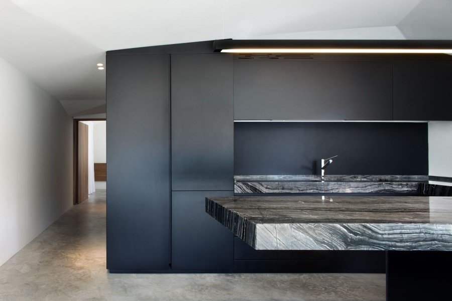Old country house renovated by Mide Architects (12)
