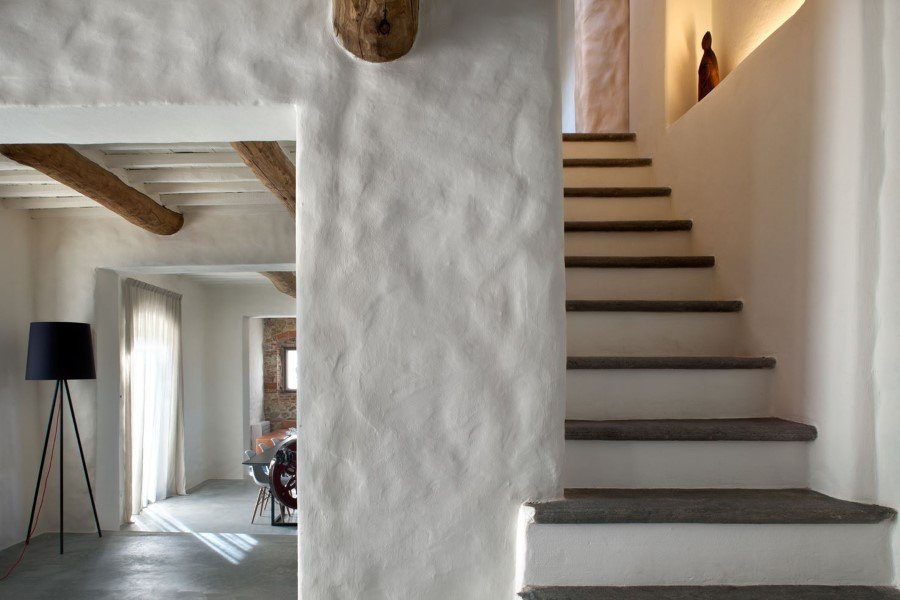 Old country house renovated by Mide Architects (16)