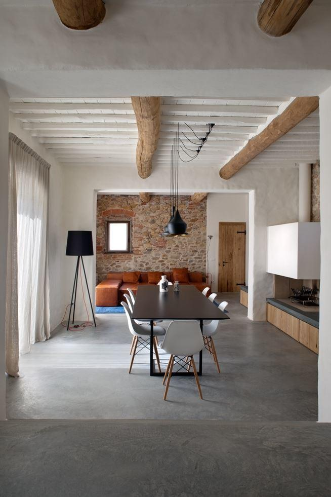 Old country house renovated by Mide Architects (2)