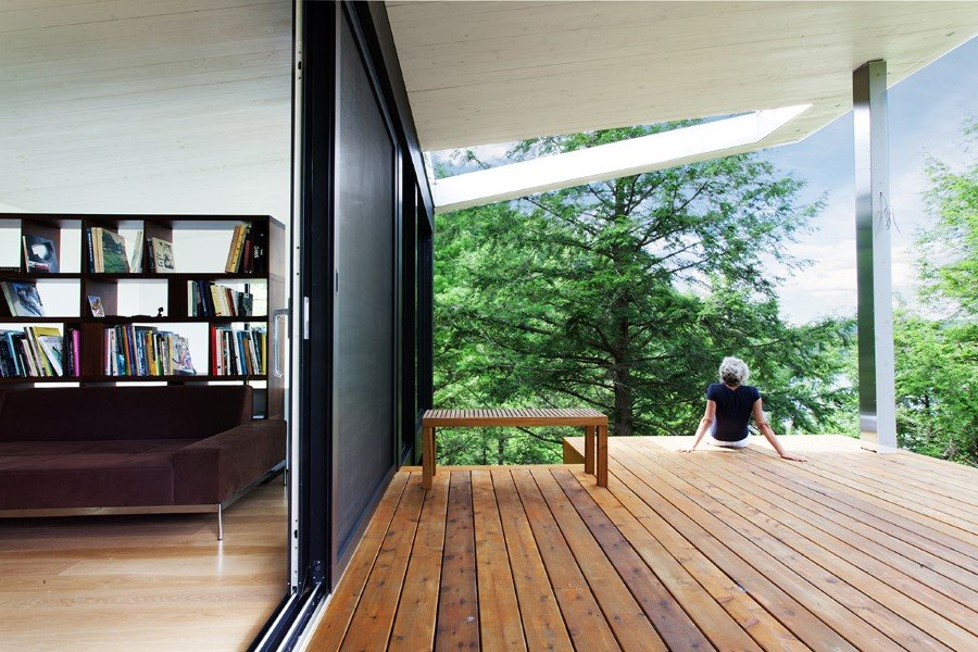 Sculptural House - Collaboration Between an Architect and a Sculptor in Bolton-Est, Québec (13)